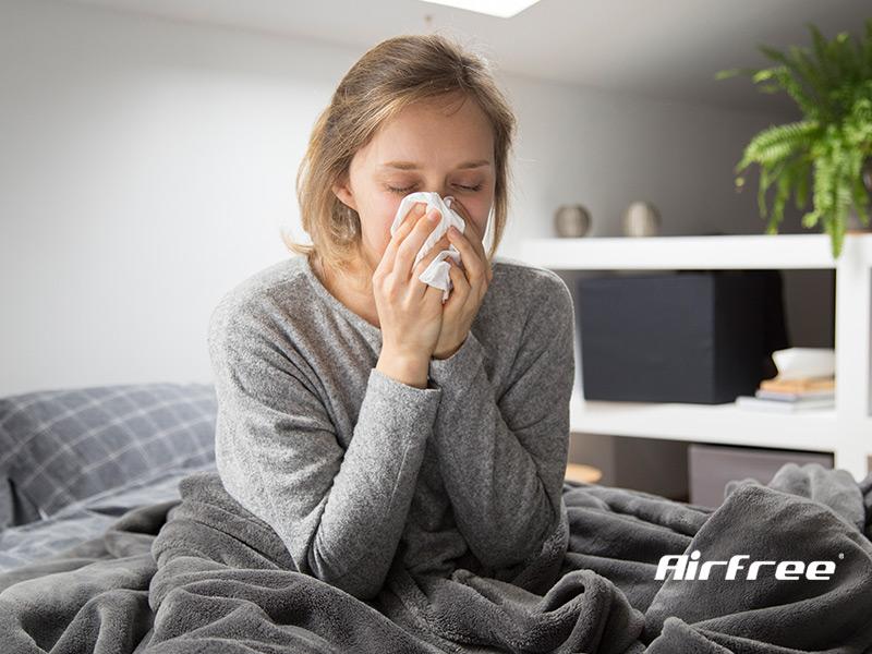 mulher com sinais de pneumonia